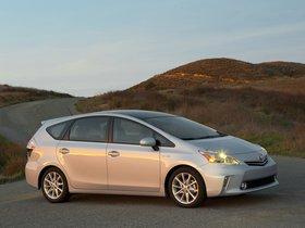 Ver foto 3 de Toyota Prius V 2011