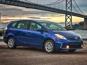 Ver foto 45 de Toyota Prius V 2011