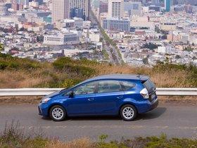 Ver foto 41 de Toyota Prius V 2011