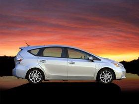 Ver foto 30 de Toyota Prius V 2011