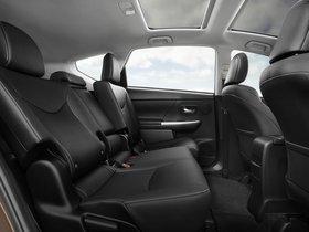 Ver foto 6 de Toyota Prius V 2015