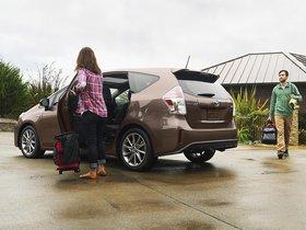 Ver foto 3 de Toyota Prius V 2015