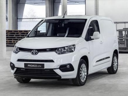 Toyota Proace City Van Media 1.5d Gx 650kg 75