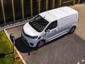 Ver foto 3 de Toyota ProAce Electric Van 2020