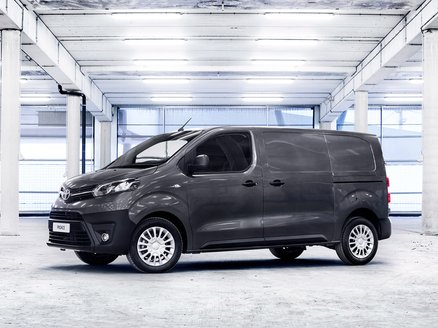Toyota Proace Van Media 2.0d Business 120