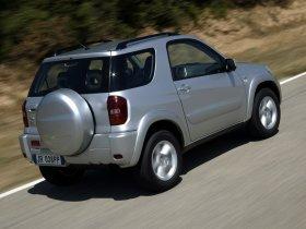 Ver foto 14 de Toyota RAV-4 2003