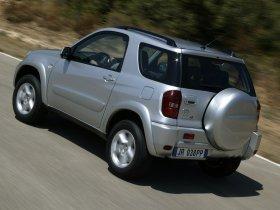 Ver foto 13 de Toyota RAV-4 2003
