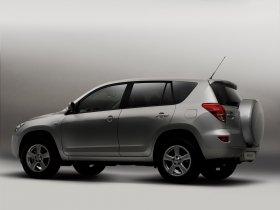 Ver foto 28 de Toyota RAV-4 2006