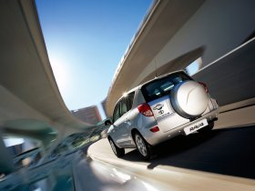 Ver foto 6 de Toyota RAV-4 2006