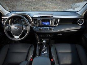 Ver foto 29 de Toyota RAV4 2015