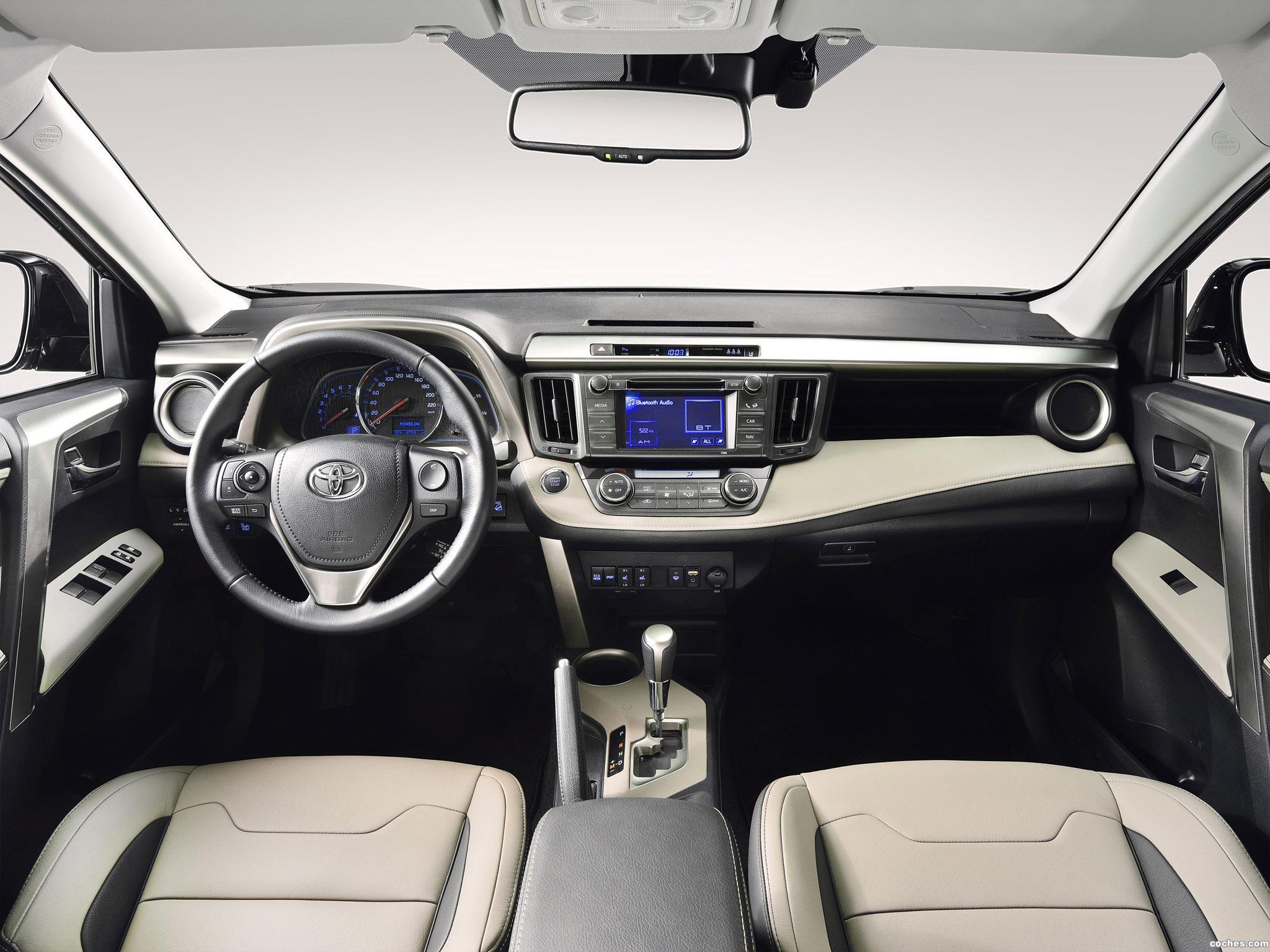 Foto 2 de Toyota RAV4 Premium 2013