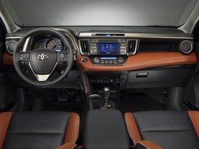 Ver foto 18 de Toyota RAV4 USA 2013