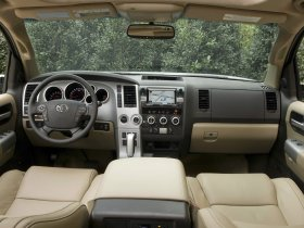 Ver foto 18 de Toyota Sequoia 2008