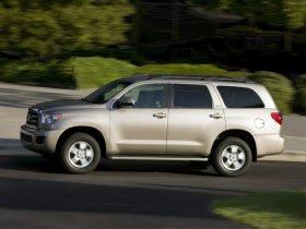 Ver foto 3 de Toyota Sequoia 2008