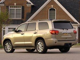 Ver foto 15 de Toyota Sequoia 2008