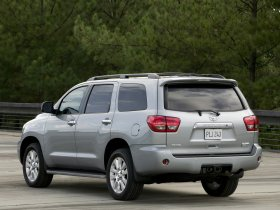 Ver foto 11 de Toyota Sequoia 2008