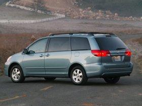 Ver foto 2 de Toyota Sienna 2004