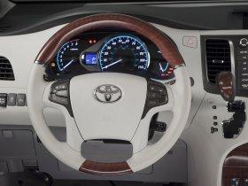 Ver foto 20 de Toyota Sienna 2010