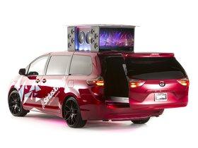 Ver foto 5 de Toyota Sienna Remix Concept 2014
