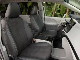 Ver foto 21 de Toyota Sienna SE 2010