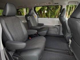 Ver foto 20 de Toyota Sienna SE 2010