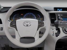 Ver foto 7 de Toyota Sienna XLE 2010