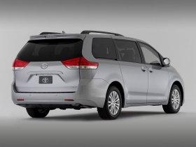 Ver foto 3 de Toyota Sienna XLE 2010