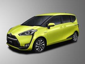 Ver foto 1 de Toyota Sienta  2015