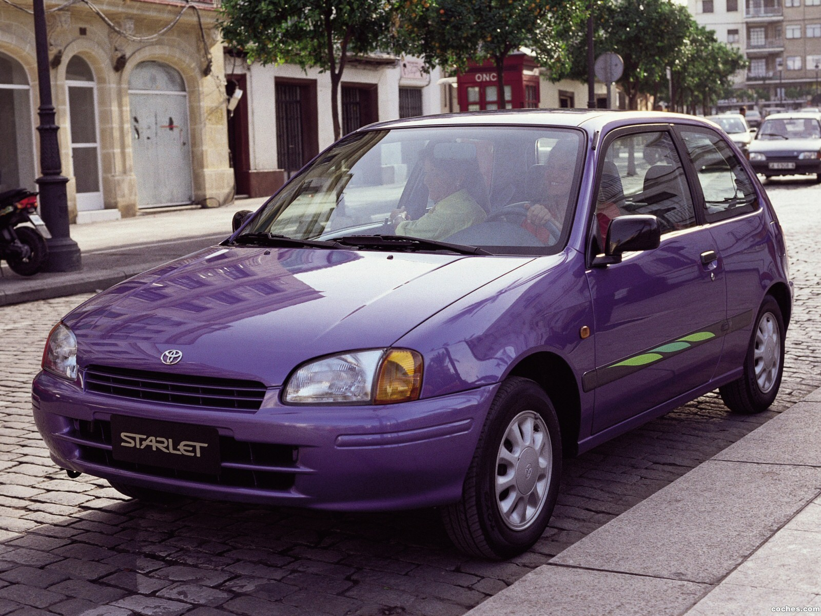 Foto 1 de Toyota Starlet 1996