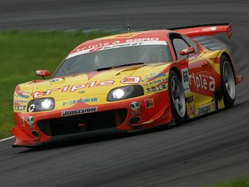 Fotos de Toyota Supra GT500 Super GT 2004