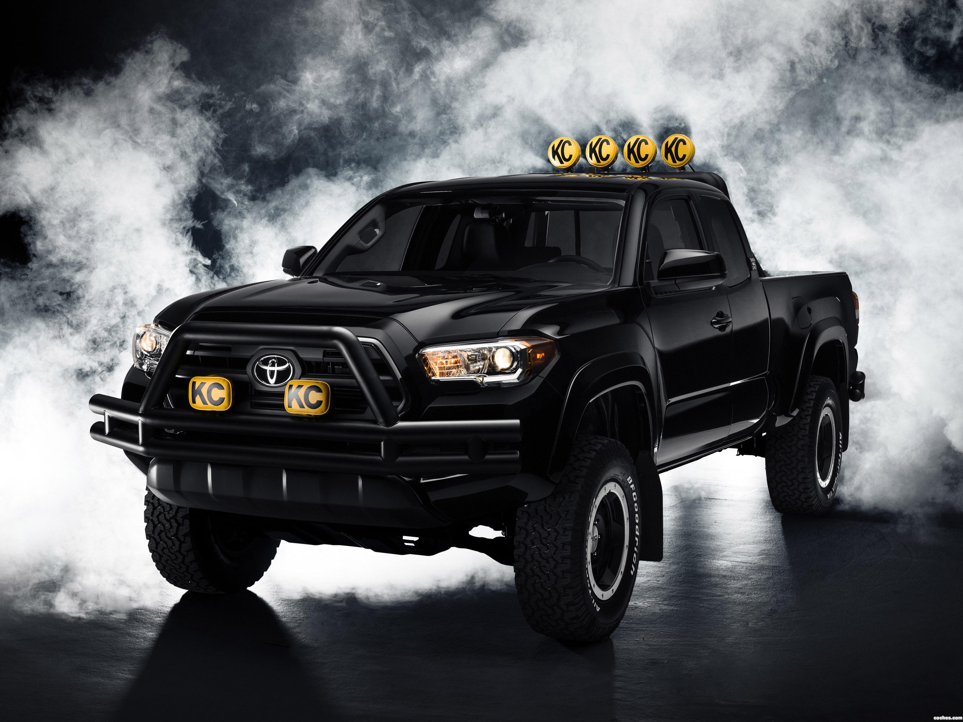 Foto 0 de Toyota Tacoma Back To The Future Concept 2015