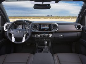 Ver foto 13 de Toyota Tacoma Limited Double Cab 2015