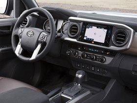 Ver foto 12 de Toyota Tacoma Limited Double Cab 2015