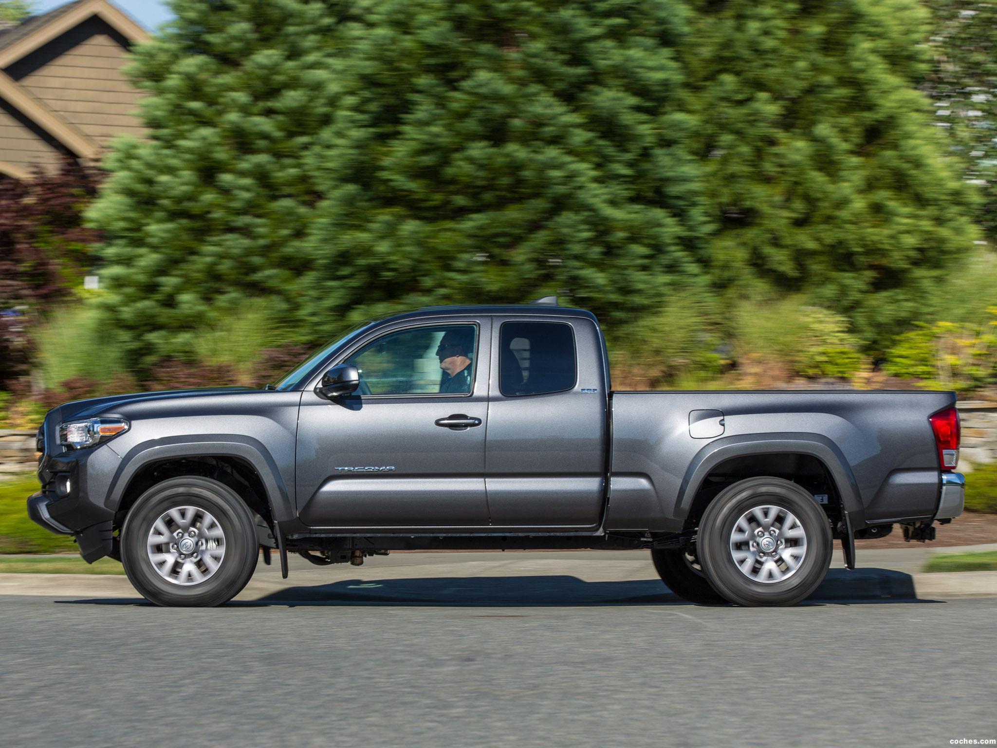 Foto 1 de Toyota Tacoma SR5 Access Cab 2015