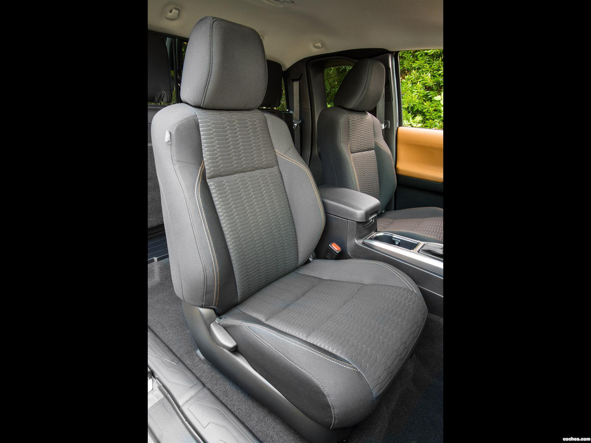 Foto 11 de Toyota Tacoma SR5 Access Cab 2015