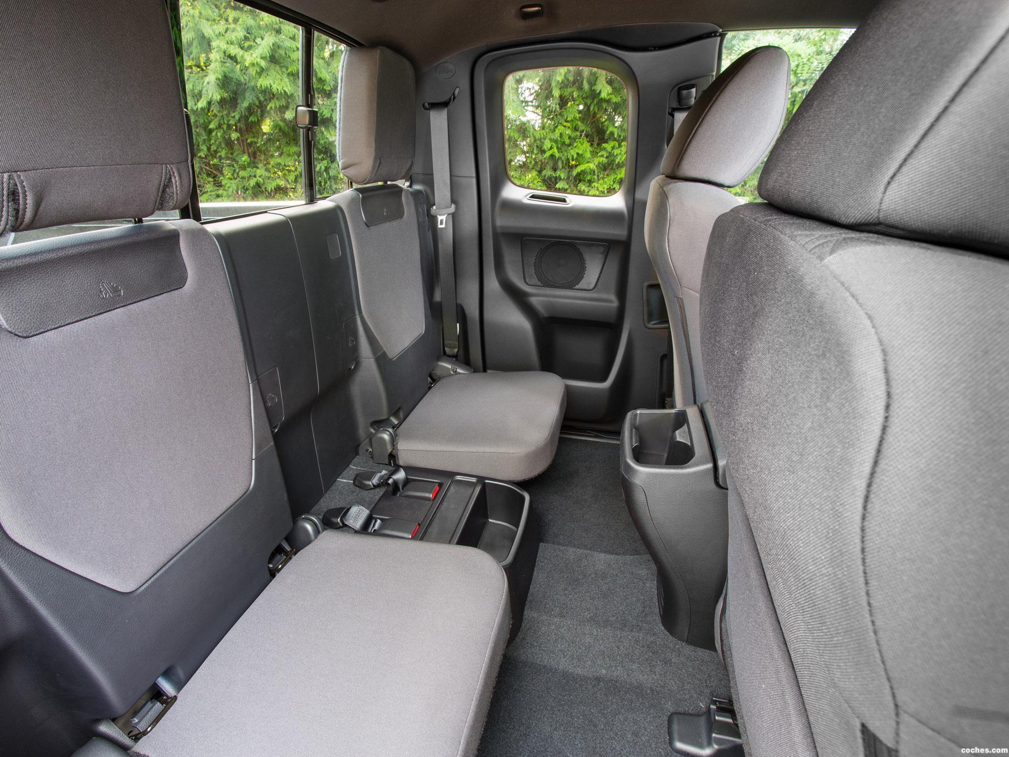 Foto 10 de Toyota Tacoma SR5 Access Cab 2015