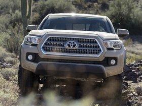 Ver foto 13 de Toyota Tacoma TRD Off Road Access Cab 2015