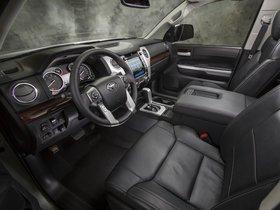 Ver foto 5 de Toyota Tundra CrewMax Limited 2013
