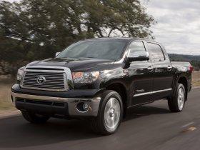 Ver foto 2 de Toyota Tundra CrewMax Platinum Package 2009