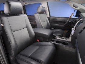 Ver foto 13 de Toyota Tundra CrewMax Platinum Package 2009