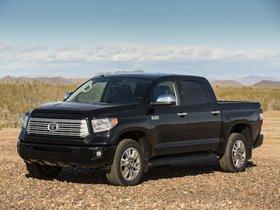 Ver foto 2 de Toyota Tundra CrewMax Platinum Package 2013