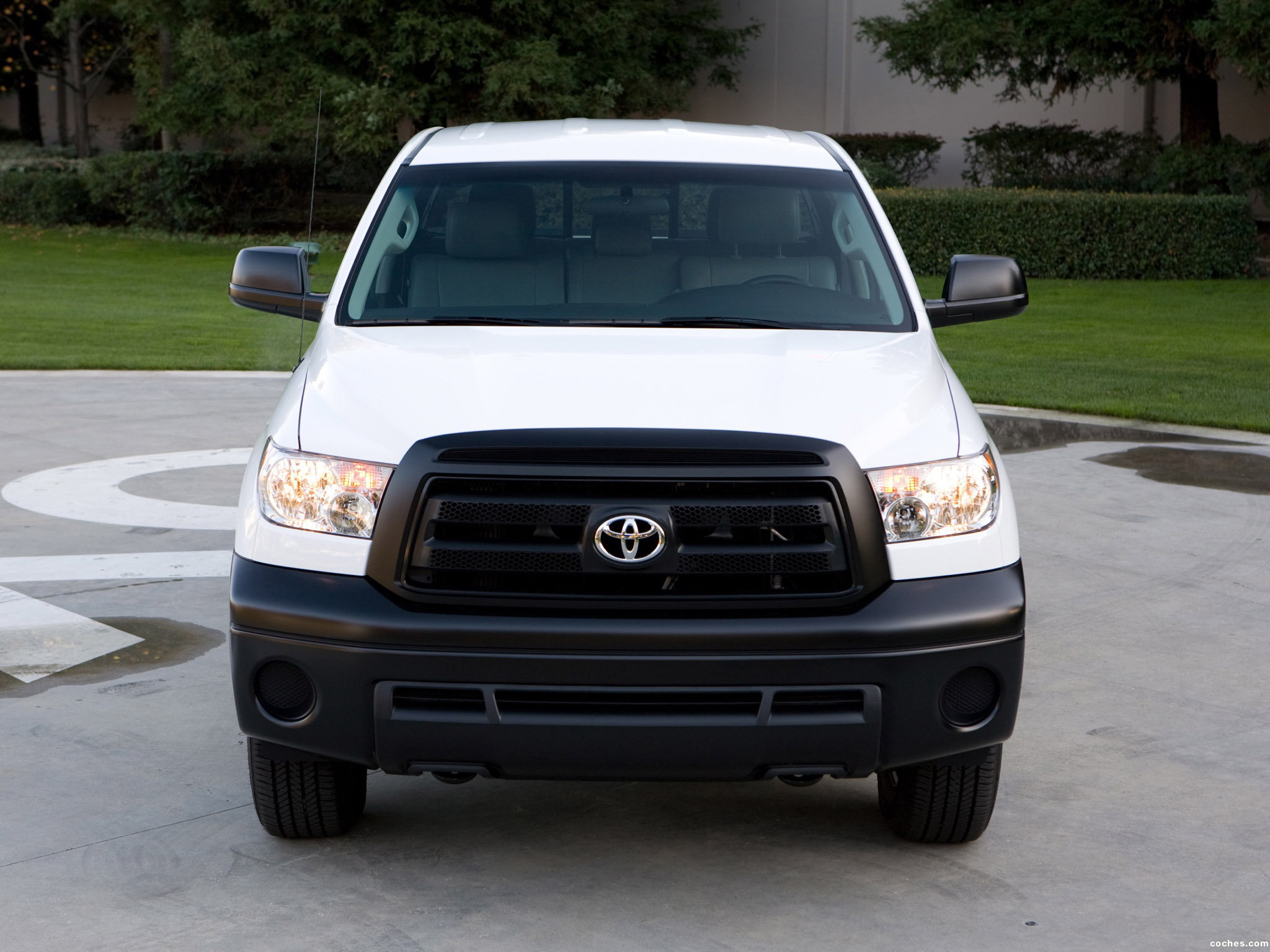 Foto 2 de Toyota Tundra Double Cab Work Truck Package 2009