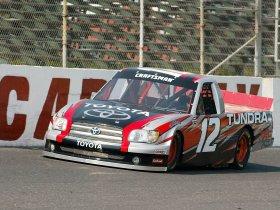 Ver foto 7 de Toyota Tundra NASCAR 2004