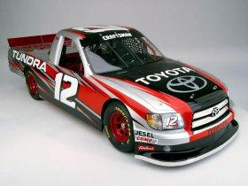 Ver foto 3 de Toyota Tundra NASCAR 2004