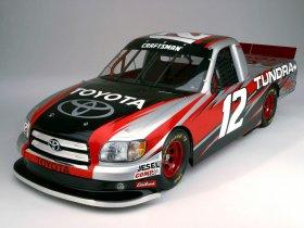 Ver foto 1 de Toyota Tundra NASCAR 2004