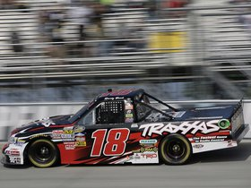 Ver foto 2 de Toyota Tundra Nascar Camping World Series Truck 2009