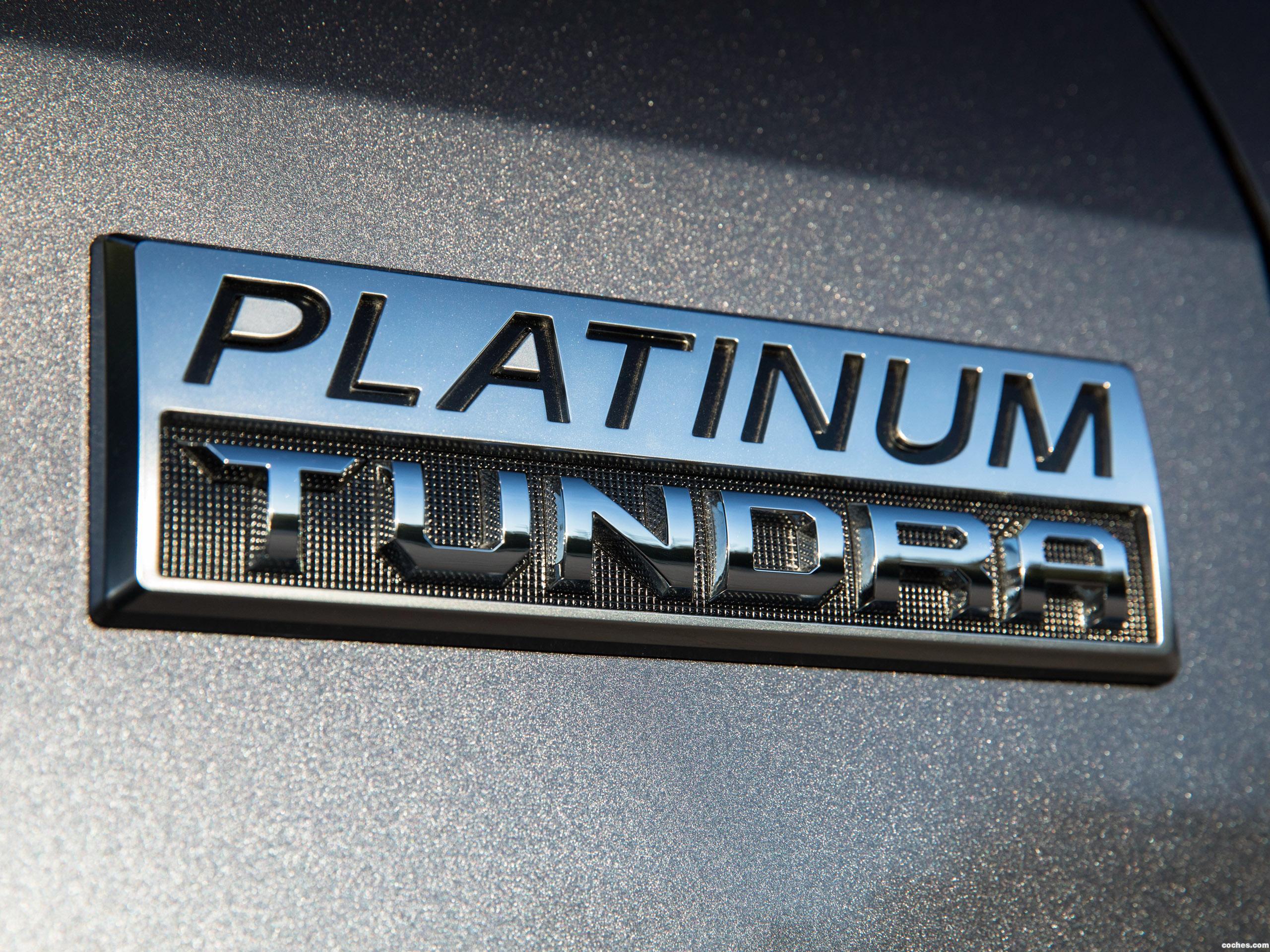 Foto 10 de Toyota Tundra Platinum Crewmax  2017