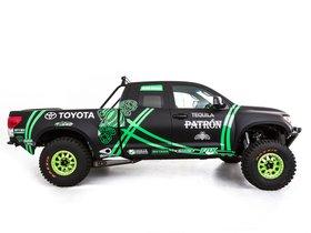 Ver foto 2 de Toyota Tundra Pre Runner by Alexis DeJoria Team 2012