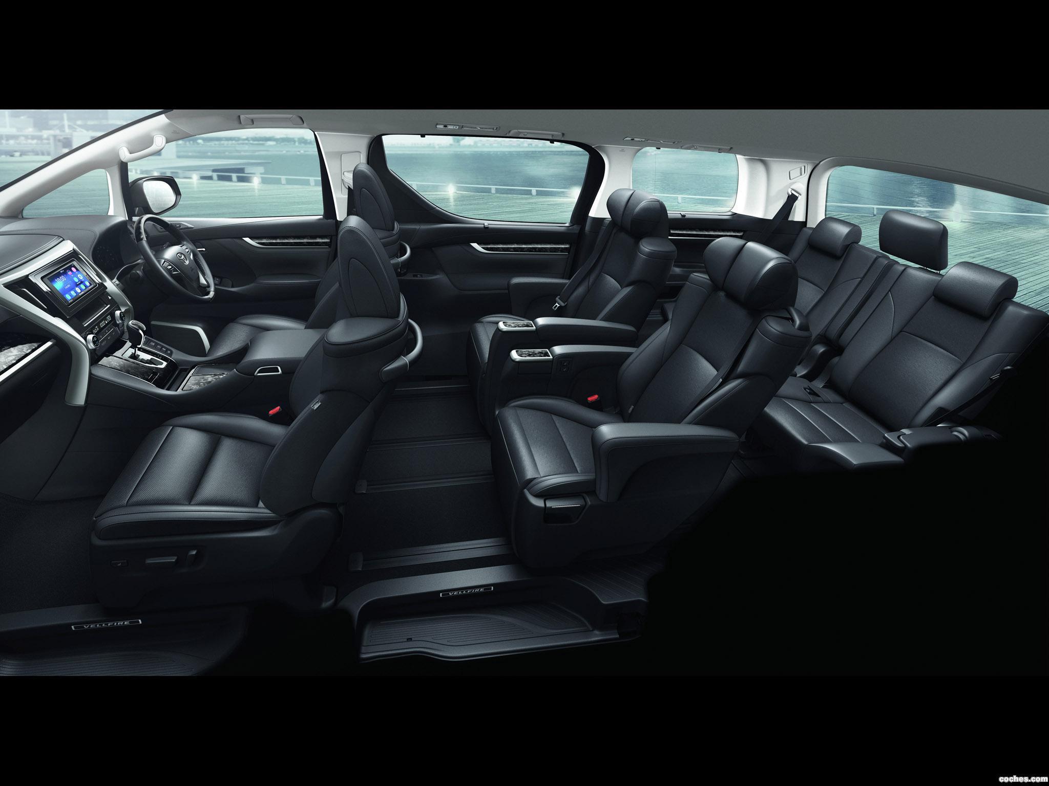 Foto 5 de Toyota Vellfire  2015