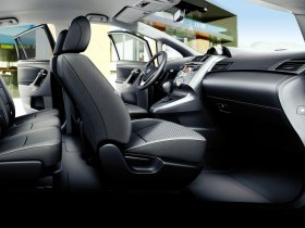 Ver foto 4 de Toyota Verso 150D AutoDrive S 2009